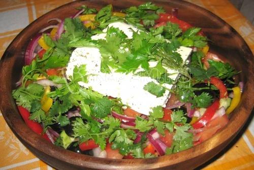 Греческий салат - Кулинарный рецепт приготовления греческого салата с фотографиями. Фото греческого салата.