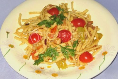 Рецепт Домашняя лапша с куриной грудкой, цветной капустой и пармезаном