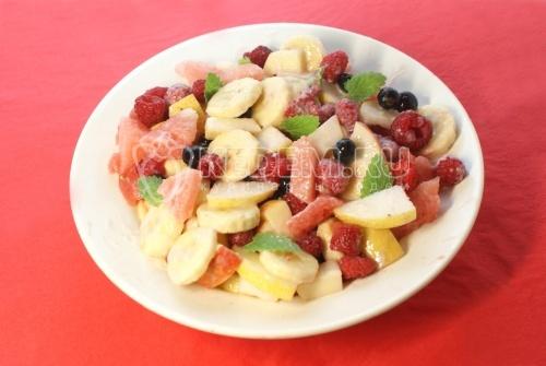 Рецепт Фруктово-ягодный салат