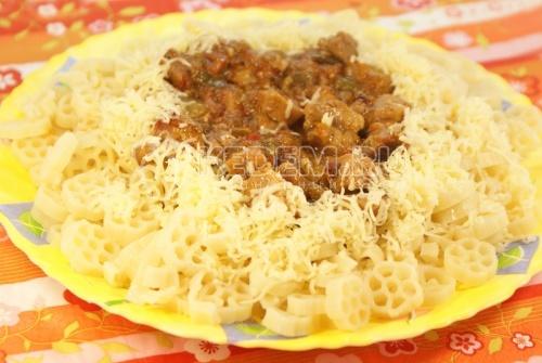 Рецепт Колёсики с мясной подливкой