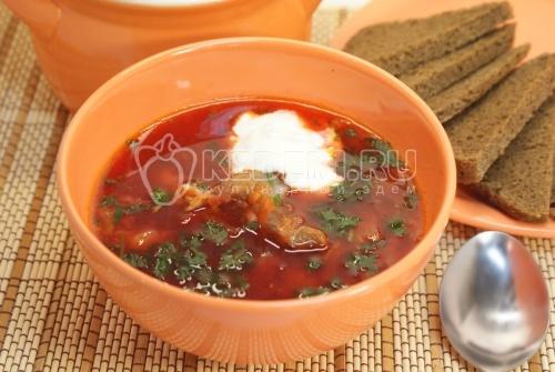 Борщ «Домашний». Кулинарный рецепт приготовления домашнего борща на мясном бульоне.
