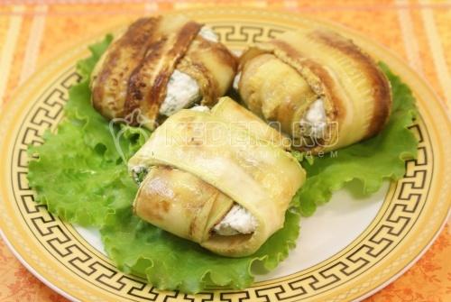 Конвертики из кабачков с сыром. Кулинарный фото рецепт приготовления конвертиков из кабачков с сыром.