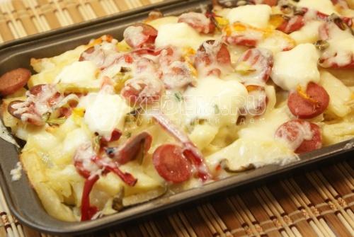 Картофель & сосиски. Кулинарный фото рецепт приготовления картофеля и сосисок с болгарским перцем в духовом шкафу.