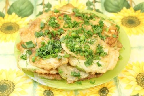 Рецепт Кабачки в кляре с зеленью