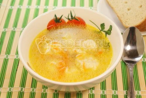 Суп с клецками на курином бульоне. Кулинарный рецепт приготовления супа с клецками на курином бульоне.
