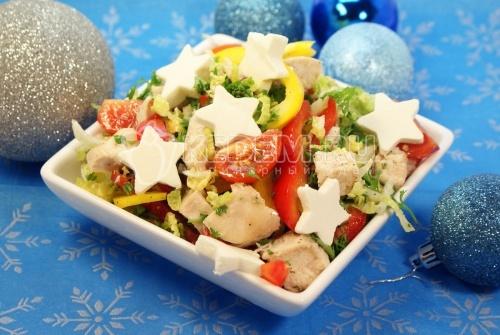 Салат «Яркий праздник», новогодние фото рецепты, салаты, рецепты салатов, приготовление салата, приготовление салат с курицей, приготовление салата с сыром, приготовление салата из овощей с курицей, кулинарный фото рецепт приготовления новогоднего салата