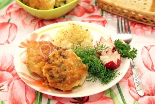 Рецепт Куриные котлеты с сыром и зеленью