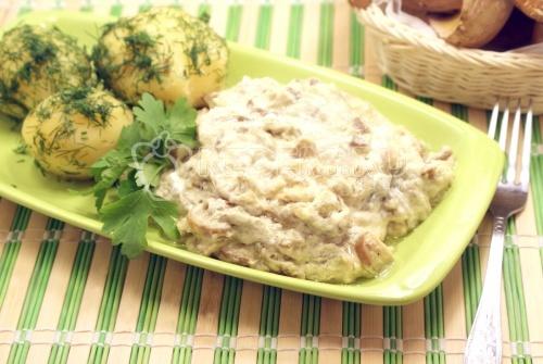 Рецепт Белые грибы в сметанном соусе
