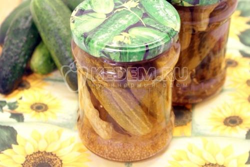Кулинарный фото рецепт приготовления маринованных огурцов с семенем...