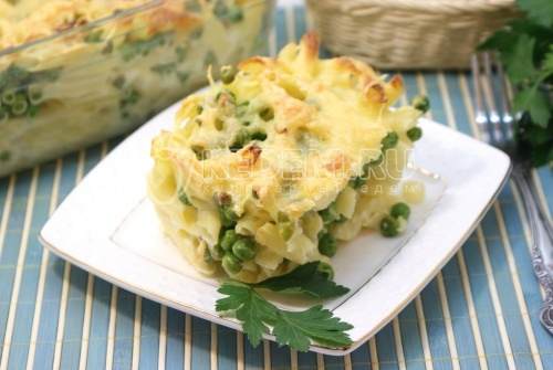 Рецепт Запеканка из макарон с сыром и зеленым горошком