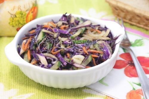 Салат с красной капустой. Пошаговый кулинарный рецепт с фотографиями приготовление салата с красной капустой.