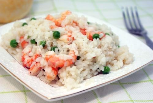Рецепт Креветки с рисом и зеленым горошком