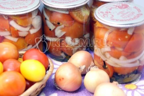 Салат из помидор с луком на зиму. Пошаговый кулинарный рецепт с фотографиями приготовление салата из помидор с луком на зиму.