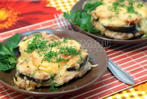 Отбивные с баклажаном и сыром. Пошаговый кулинарный рецепт с фотографиями приготовление мясных отбивных с баклажаном и сыром.