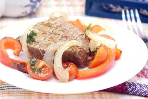 Запеченная телятина с овощами. Пошаговый кулинарный рецепт с фото приготовление запеченной телятины с овощами.