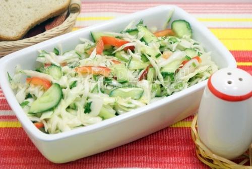 Рецепт Овощной салат с кедровыми орехами