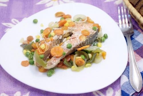 Рецепт Кижуч запеченный с овощами