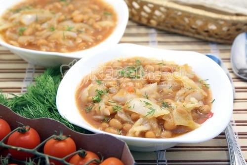 Рецепт Тушеная капуста с фасолью