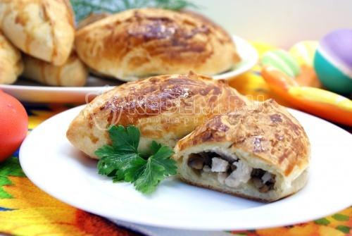Пирожки с курицей и грибами. Пошаговый кулинарный рецепт с фотографиями приготовление пирожков с курицей и грибами.