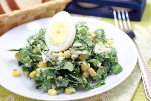 Салат с черемшой - рецепт