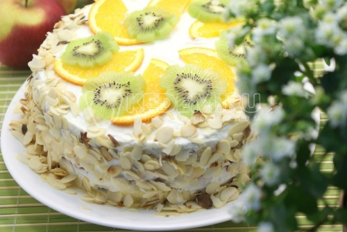 Сливочный торт с абрикосовым джемом. Пошаговый кулинарный рецепт с фотографиями приготовления сливочного торта с абрикосовым джемом.