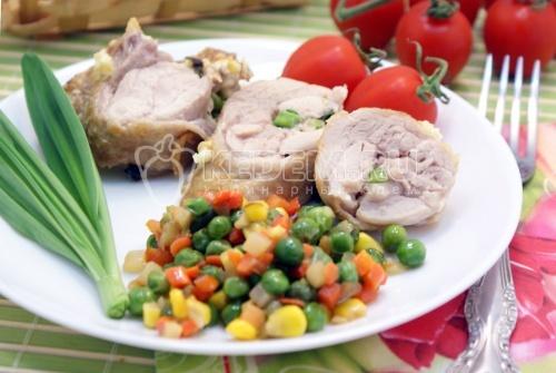 Рецепт Куриные рулетики с черемшой и сыром