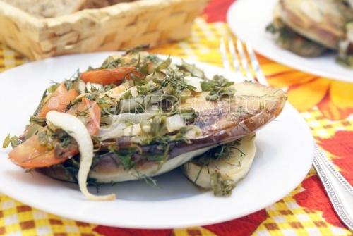 Рецепт Баклажаны с овощами и зеленью
