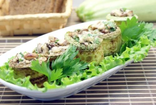 Рецепт Кабачки фаршированные грибами