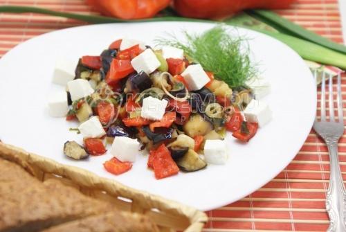Рецепт Закуска из баклажан с перцем и сыром