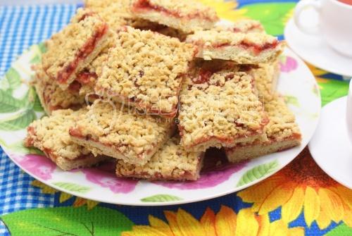 Рецепт Быстрое печенье с малиновым джемом
