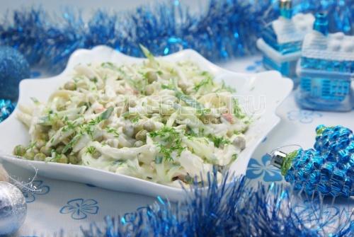 Рецепт Салат с кальмарами и огурцом