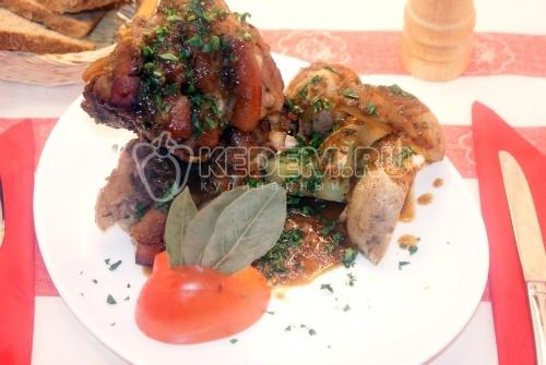 Свиная рулька в духовке - рецепт