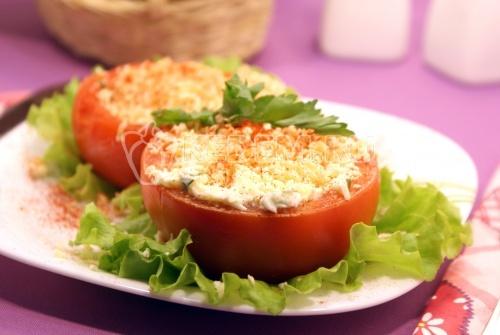 Рецепт Помидоры фаршированные сыром и чесноком