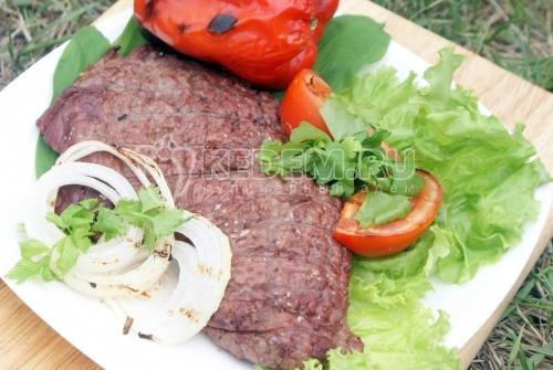 Рецепт Стейк из говядины на гриле