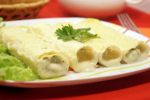 Трубочки с курицей и плавленым сыром – кулинарный рецепт