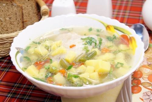 Куриный суп с овощами и фасолью - рецепт