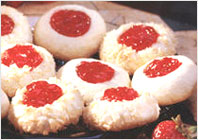 Сливочное печенье с ягодным джемом